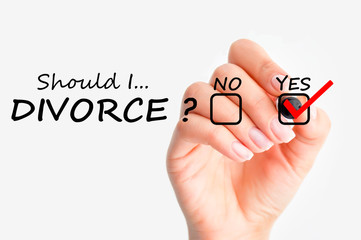 Is secretly recorded Telephonic Talk between Wife & Friend in Breach of Privacy Right Admissible in Family Court, Best Divorce Lawyer in Delhi,
